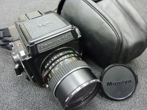 中判カメラ MAMIYA645
