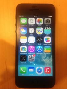 スマホ、アイフォン5の画像です
