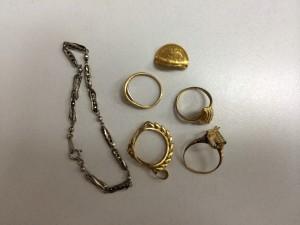 貴金属,ネックレス,指輪,コイン,プラチナ,ゴールド,金,純金
