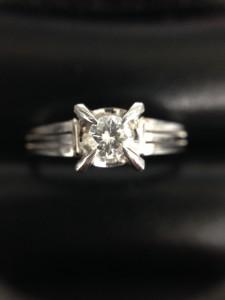 ダイヤモンドリングの画像です。