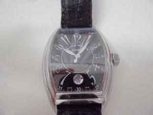 フランクミューラーの時計を買取りました。