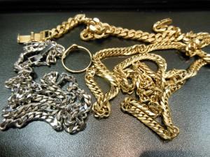 大吉 ピサーロ常陸大宮店で貴金属を買取致しました。