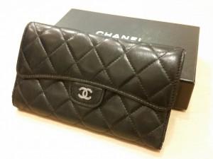シャネルの財布を買取しました。