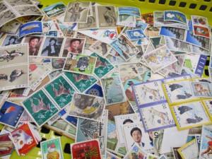 切手をお持ちのお客様、高価買取は日野市の大吉多摩平店にお任せください