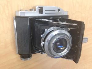 アンティークカメラの画像です