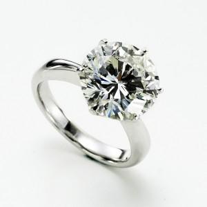 祖師谷でダイヤモンドを高価買取中。 大吉 祖師谷... 祖師谷でダイヤモンドを高価買取中。 大吉