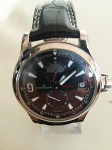 大吉 ピサーロ常陸大宮店で時計(ジャガールクルト マスターコンプレッサーGMT)を買取ました。