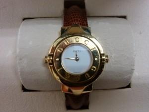 大吉浦和店にてGUCCI(グッチ)の腕時計をお買取いたしました