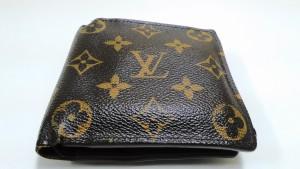 買取専門店大吉円山公園店、ヴィトンの財布をお買取させて頂きました!