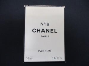 日野市豊田駅で CHANEL No19 香水 の高価買取は大吉多摩平店です