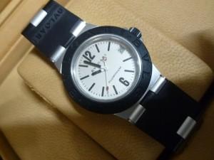 大和郡山市のお客様からブルガリ時計お買取りしました。