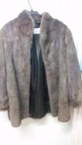 ミンクのコートは大吉長崎屋小樽店へお売りください