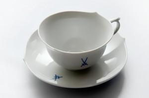 福岡博多区のお客様からMeissen(マイセン)の陶器カップを買取ました。大吉七隈四ツ角店(城南区)