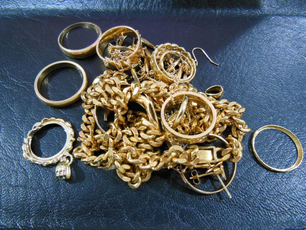 金のリングやネックレスをお買取しました。豊田市の買取は大吉 豊田店へ!
