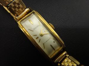 奈良、生駒の皆様 古い時計の買取りなら大吉ガーデンモール木津川店へ!