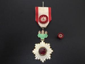 勲章を買取いたしました、大吉浦和店にお任せください