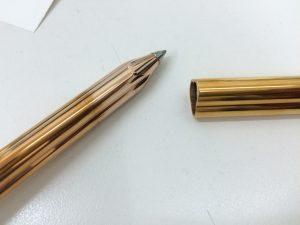 ブランド万年筆ブルガリボールペン金色
