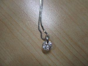 ダイヤを売るなら買取専門店大吉アスモ大和郡山店が高価買取しますよ(*^_^*)