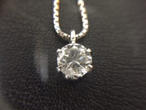 2ctダイヤモンド買取りました。福山市、大吉サファ福山店です。