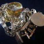 金、プラチナ、ダイヤモンドの高価買取は青色が目印の大吉長崎築町店へ!