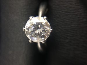 札幌中央区の大吉円山公園店で、ダイヤモンドをお買取しました。