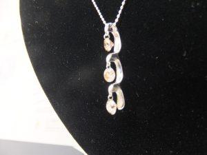 ブランド貴金属ジュエリーダイヤモンド付ネックレス