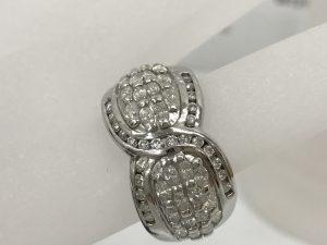 ブランド貴金属ダイヤ付リングプラチナ