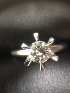 ダイヤモンドのお売りをお考えのお客様、買取専門店大吉ゆめタウン防府店にお任せください。