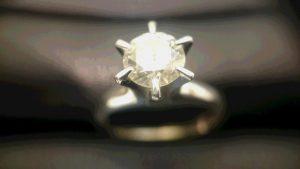 ダイヤを売るなら大吉長崎屋小樽店にお任せください