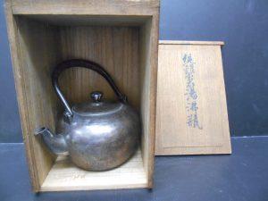 堺泉北の皆様、純銀製茶器の高価買取は大吉アクロスモール泉北店へ