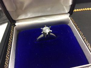 ダイヤを売るなら小樽の大吉長崎屋小樽店です