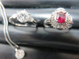 ダイヤモンドリング・ネックレスをお買取りさせて頂きました。