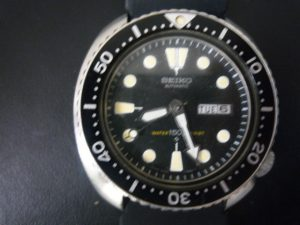堺泉北の皆様、セイコーダイバー時計の高価買取は大吉アクロスモール泉北店へ