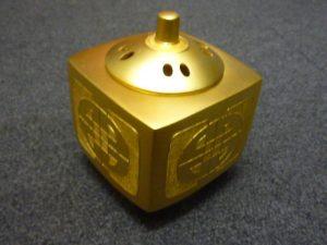 純金 香炉①