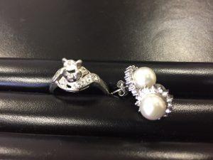 指輪、ピアス等売るなら円山公園店にお任せを