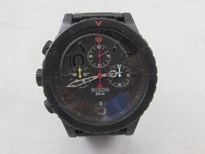 NIXON腕時計