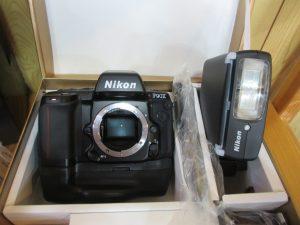 一眼レフカメラ,二眼レフ,ニコン,キャノン,ペンタックス,オリンパス,フィルムカメラ,レンズ,フラッシュ