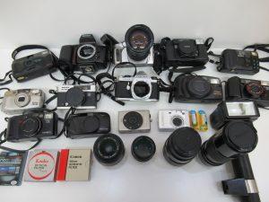 古いカメラもお買取り中です! 大吉松山銀天街店