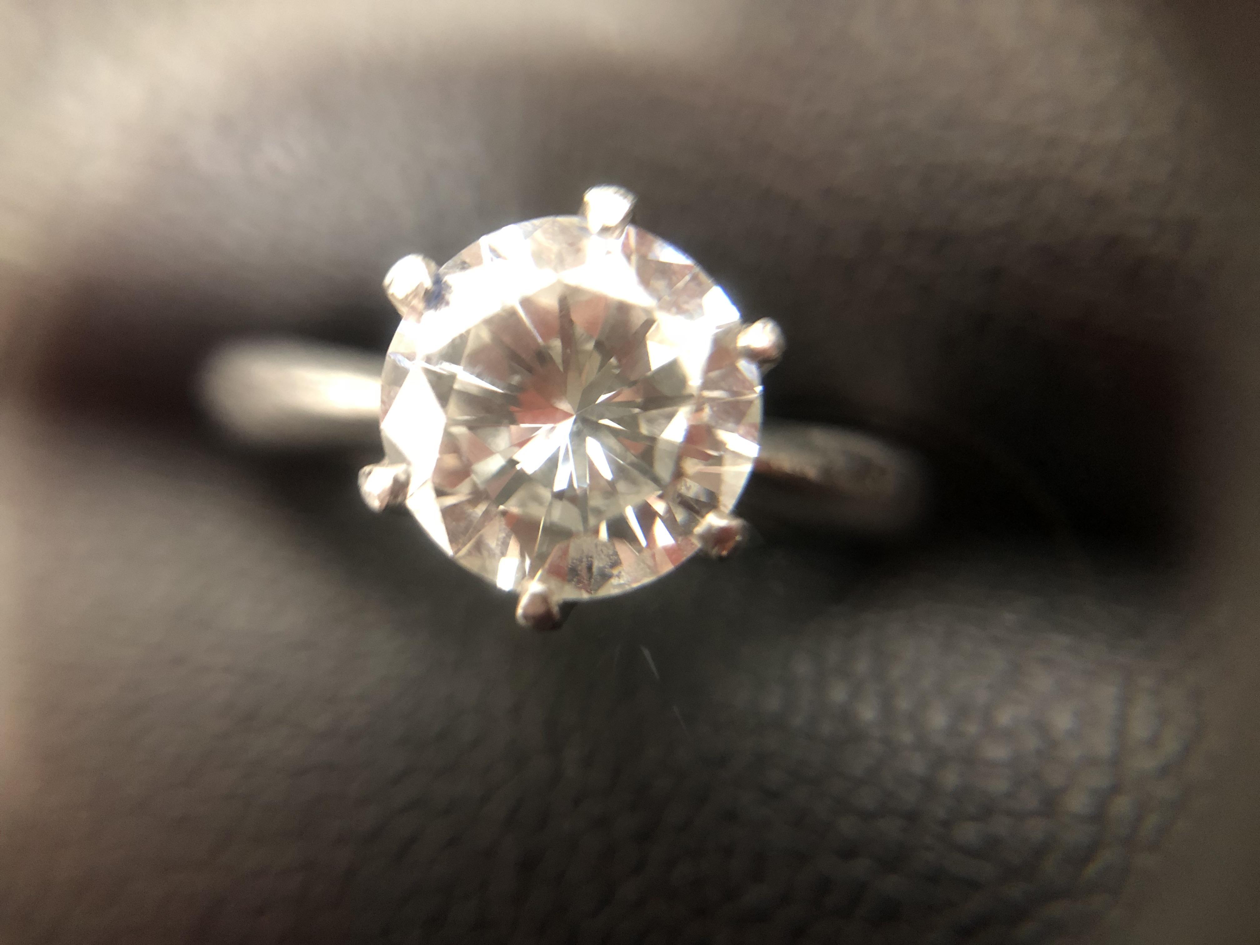 京都でダイヤを売るなら北区の大吉イズミヤ白梅町店へ!