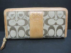 京都、奈良でコーチの財布の買取はガーデンモール木津川店へ