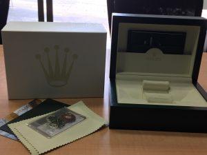 ROLEXの箱は王冠マーク!大吉は青カラーが目印です!