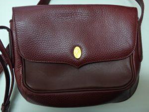 大吉調布店で買取したカルティエのバッグ