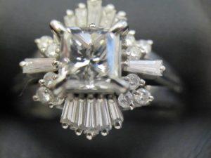 京都、奈良でダイヤモンドリング・指輪の高価買取は大吉ガーデンモール木津川店へ