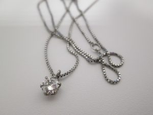 富士市でダイヤの買取は大吉アピタ富士吉原店へ