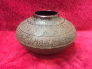 南部鉄器 岩鋳 花瓶をお買取り致しました。大吉イオンタウン仙台泉大沢店です。