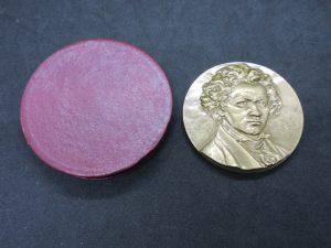 ベートーベン,バッハ,ピカソ,偉人,銅メダル,銀メダル,ブロンズ,置物,銅像