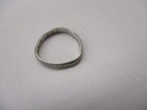 変形したリング