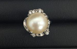 多摩平でダイヤ、パールを売るなら高価買取の大吉多摩平店へ