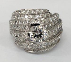 ダイヤの高価買取は、大吉 大阪エコールロゼ店へお売り下さい