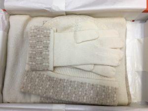 エルメスの手袋、マフラー、ニット帽のセットを買取させていただいた大吉ブルメール舞多聞店です!